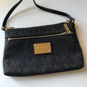 Black clutch wristlet bag